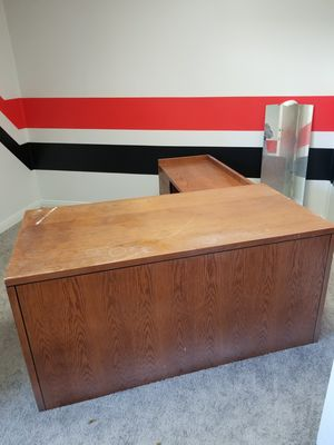 FREE office furniture for Sale in Santa Ana, CA