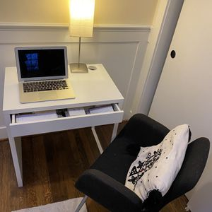 Desk And Chair for Sale in Seattle, WA