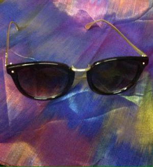 Rose frame sunglasses for Sale in Las Vegas, NV