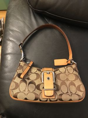 Coach bag with zipper for Sale in Boston, MA