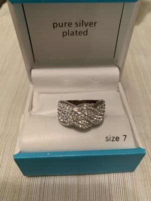 Silver plated ring with genuine crystal for Sale in Whittier, CA