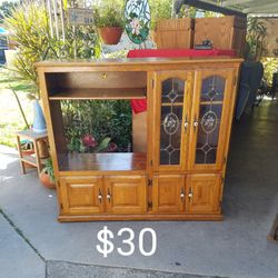 Cabinet Hutch TV Cabinet for Sale in Lakewood,  CA
