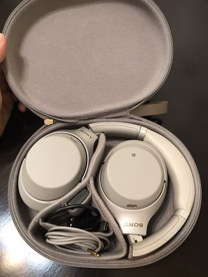 Sony WH1000XM3 Bluetooth Headphones for Sale in Fullerton, CA