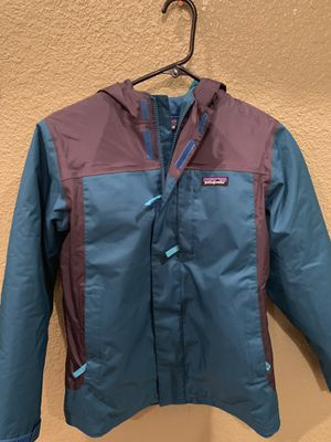 Patagonia Jacket Size Small (S) blue and gray ONLY WORN 5xs if that!!!! No tears, no rips, absolutely brand new! for Sale in Riverside, CA