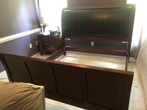 King Size Sleigh Bed Frame for Sale in Greenville, SC