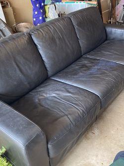 Natuzzi Black Leather Sofa for Sale in Round Rock,  TX