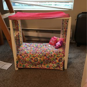 American Girl Julie's Bed And Bedding for Sale in Mukilteo, WA