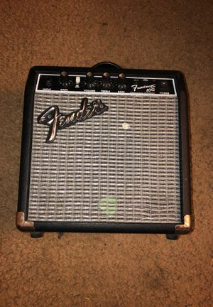 Small Fender guitar amp for Sale in Richmond, CA