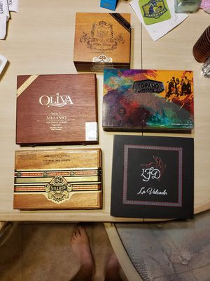 5 cigar boxes. for Sale in Lakeland, FL