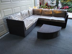 Outdoor patio furniture set for Sale in Chatsworth, CA