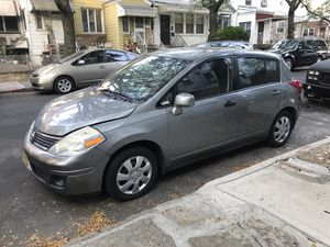 2008 Nissan Versa S Hatchback 140k Miles (MUST SELL TODAY) for Sale in Brooklyn, NY