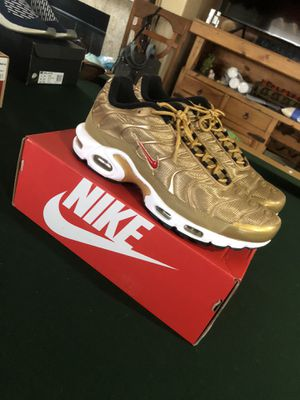 Nike air max's plus QS for Sale in Lancaster, CA