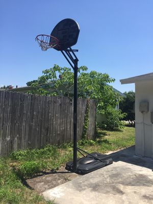 Basketball Hoop-Free for Sale in New Port Richey, FL