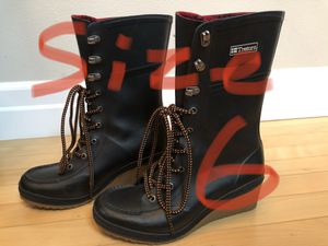 Tretorn women rain boots. for Sale in Mill Creek, WA