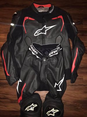 Alpinestars GP Pro 2-piece suit for Sale in Los Angeles, CA