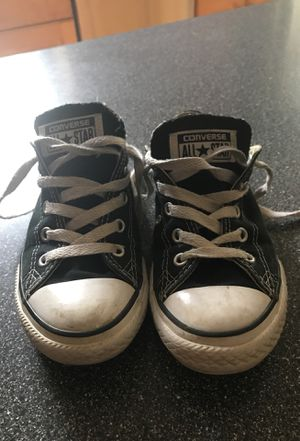 Size 2 youth girls Converse All Star black for Sale in Grayslake, IL