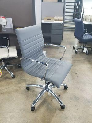 Office furniture for Sale in Hialeah, FL
