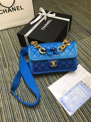 Chanel Mini Classic flap bags for Sale in San Francisco, CA