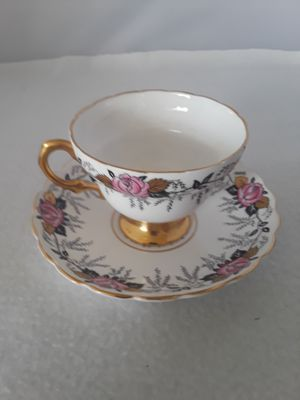 ANTIQUE ROSINA ENGLAND FINE BONE CHINA TEACUP & SAUCER NUMBERED for Sale in Pompano Beach, FL