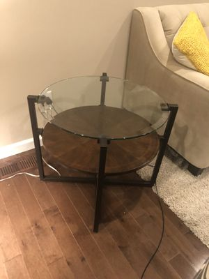 Table can be used as end table for sale! for Sale in St. Louis, MO