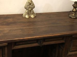 Beautiful Ornate Solid Wood Desk for Sale in Los Angeles, CA