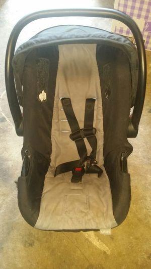 Baby car seat for Sale in Grand Prairie, TX