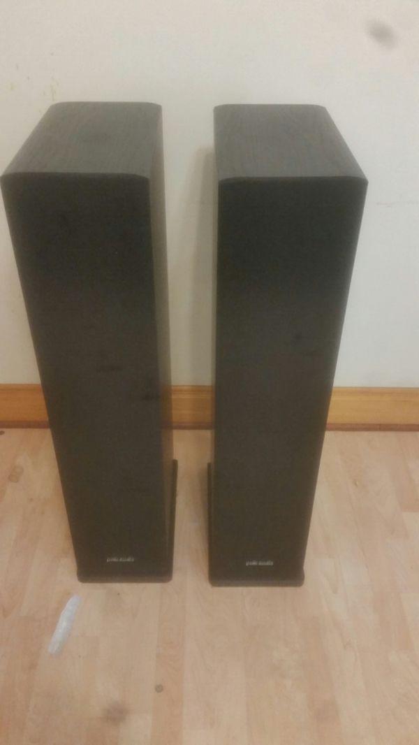 Polk Audio Rt 16 speakers. Excellent condition! !