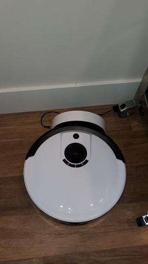 bObsweep Junior Robotic Vacuum w/Remote for Sale in Miami, FL