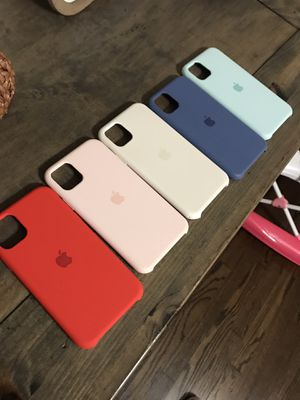 Iphone 11 pro apple cell phone case for Sale in Houston, TX