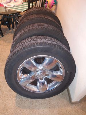 20 inch chrome rims 2017 Dodge Ram factory rims and tires for Sale in Kemah, TX