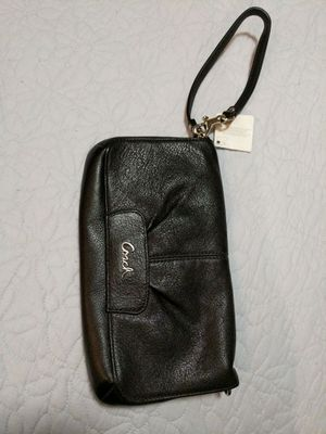 Coach black leather large wristlet for Sale in Los Angeles, CA