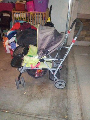 2 seater stroller for Sale in Phoenix, AZ