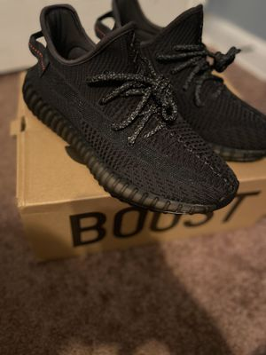 """Yeezys 350 """"Static Black"""" Size 8. for Sale in District Heights, MD"""