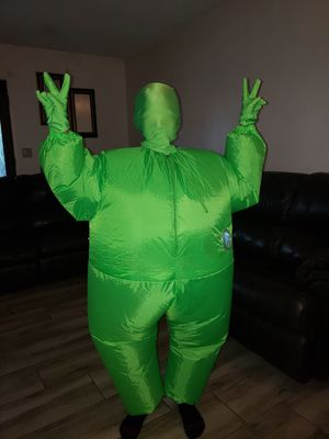 Inflatable green costume for Sale in Bakersfield, CA