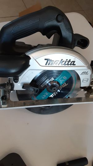 Makita circular saw for Sale in Spring Valley, CA