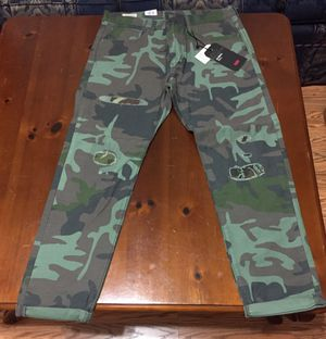 💯 AUTHENTIC LEVI STRAUSS CAMO HI-BALL DISTRESS PREMIUM JEANS SIZE 34 NEW WITH TAGS Supreme Deal!!!!! $60 Original for Sale in Raleigh, NC