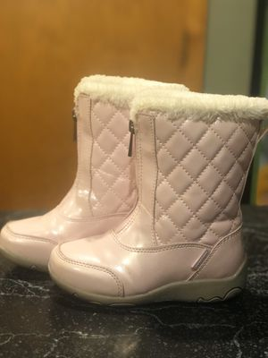Khombu Girls' Davia Snow Boot, Pink, toddler 9M for Sale in Vancouver, WA