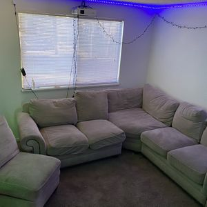 Couch/Sectional for Sale in Vancouver, WA