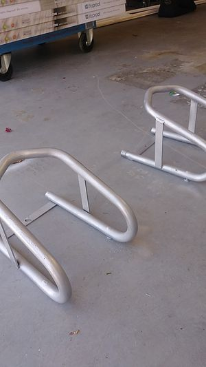 PINGLE Removable Motorcycle wheel chucks for Sale in Port St. Lucie, FL