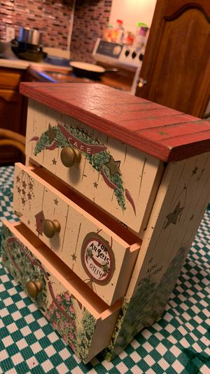 Hand painted Jewelry box for Sale in Elma, WA