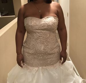 Wedding Dress for Sale in Las Vegas, NV