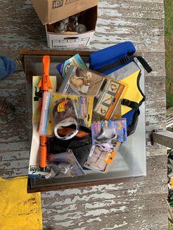 Misc. New Dog Products (leashes, life vests , clippers, car restraints) for Sale in Shinnston,  WV