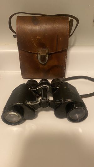 Rare Ww2 German Steinheil antique binos! Comes with org leather case for Sale in Framingham, MA