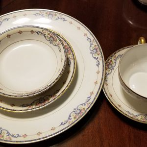 Vintage Noritake Wellesley print - Service For 13 Plus Extras for Sale in Bolingbrook, IL