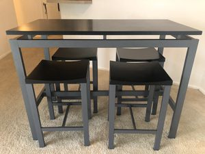 Like New Tall Kitchen Table for Sale in Redondo Beach, CA