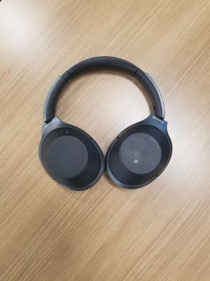Sony MDR-1000X Noise Cancelling Headphones for Sale in Miami, FL