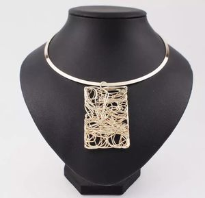 Torques Cheap Collar Choker Necklace For Women Big Metal Wire Pendants Necklaces Statemen for Sale in Vienna, VA