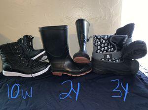 Winter/rain boots for Sale in Fresno, CA