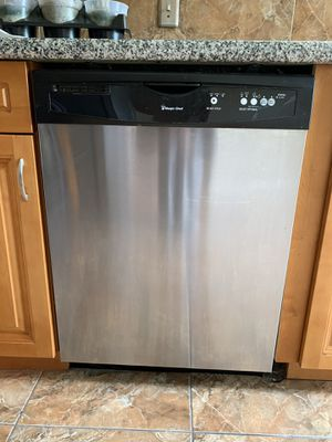 Stove, Refrigerator, Microwave and Dishwasher for Sale in Boca Raton, FL