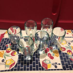 Set Of 6 Plastic Wine Cups for Sale in Los Angeles, CA